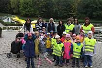Děti z MŠ Svatopluka Čecha poznávaly práci zachranářů.