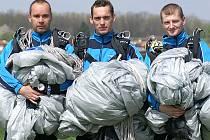 """Na snímku jsou naše tři """"želízka v ohni"""" – zleva Pavel Kopecký, Tomáš Ropek a Roman Pavlata."""