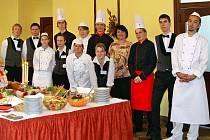 Praktické maturitní zkoušky Střední odborné školy a  Středního odborného učiliště obchodu a služeb Chrudim .