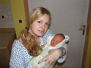 TOMÁŠ SECKÝ (3,23 kg a 51 cm) je od 28.11. od 12:30 jméno prvního miminka Tomáše a Elišky Seckých z Liboměřic.