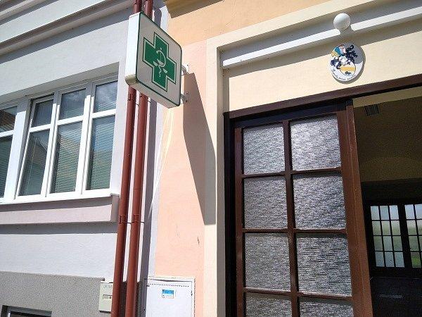 Masarykovo náměstí, zdravotní středisko.