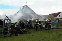 Na Chrudimsku hořel rodinný dům