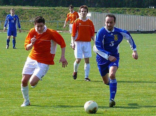 Chrudim (v oranžovém) bojovala marně.