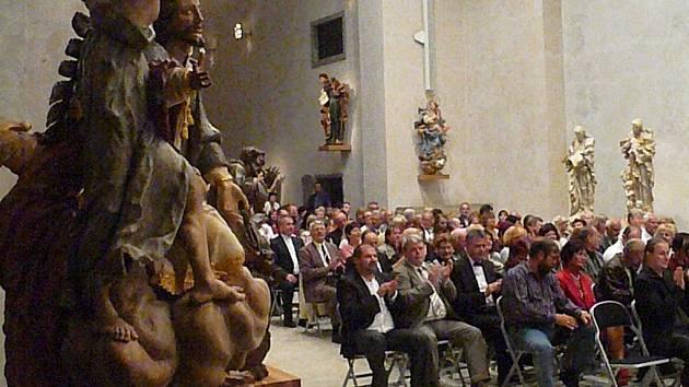 Úchvatnou atmosféru zažili posluchači při koncertu vážné hudby v Muzeu barokních soch.