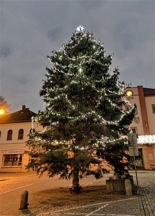 Vánoční strom ve Skutči