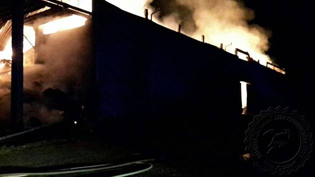Požár seníku v Obořici
