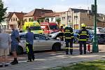 Nehoda komplikovala dopravu na náměstí v Ronově