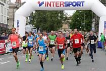 Ze 4. ročníku běžeckých závodů Chrudimská Pernštejn desítka.