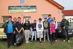 Studenti naplnili šest pytlů odpadky