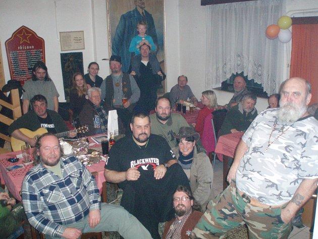 Zimní táboření na Lichnici