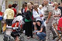 Festival světových kuchyní, to byl další jarmark, který se odehrál na Resselově náměstí v Chrudimi.