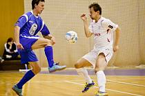 FK Era-Pack Chrudim porazil FK SAT-AN Kladno 9:1 a postupuje do semifinále po výhře 3:0 na zápasy.