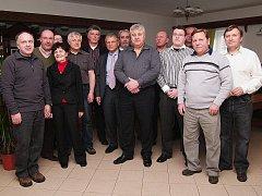 Konference byla zakončena společnou fotografií českých i zahraničních kožešníků.
