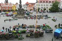 Trhy na Resselově náměstí v Chrudimi.