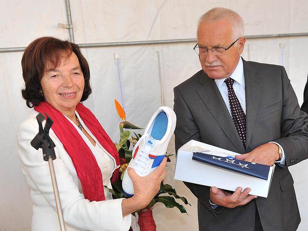 Prezident Václav Klaus s chotí Livií při návštěvě Chrudimska.
