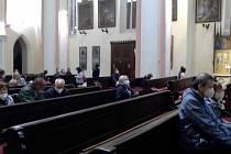 Kostel Nanebevzetí Panny Marie na Resslově náměstí v Chrudimi. Návštěvníky provázel historik a kostelník Tomáš Pavlík.