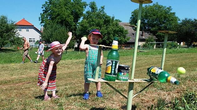 Sportovní den v Biskupicíc byl určen hlavně pro děti.