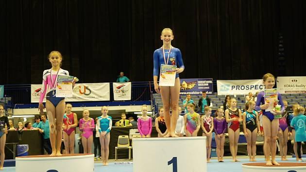 KDYŽ SE DAŘÍ, tak se daří! Málokdo čekal, že chrudimské gymnastky vybojují zlato. Dvě nejcennější medaile? To je sen!