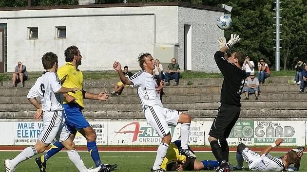 V I. kole Poháru ČMFS prohrál AFK Chrudim doma s Hradce Králové 0:5.