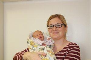 ADÉLA PAVLIŠOVÁ (3,5 kg a 51 cm) se narodila  5.1.. v 16:30 Petře a Pavlovi z Hlinska. Doma se na ni těší sestřička Veronika, které je patnáct měsíců.