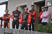 Zleva Michal Pospíšil, Radek Machatý, David Boubal, Milan Dunda, Kristýna Sváková a Radim Rosendorf.