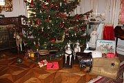 Vánoce a opravy na zámku ve Slatiňanech.