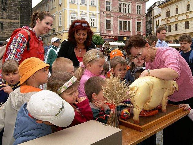 Resslovo náměstí ožilo oslavami Dne Země.
