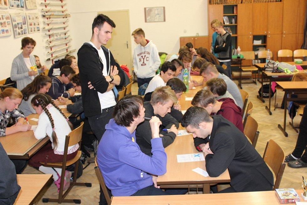 Oblastní kolo turnaje piškvorek v Gymnáziu Josefa Ressela Chrudim
