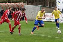 CENNÝ BOD ZE HŘIŠTĚ ZÁP budou chtít chrudimští fotbalisté potvrdit doma proti Benešovu.