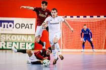 Chrudim a Sparta má v letošní sezoně vyrovnanou bilanci, mírným favoritem semifinále je díky lepšímu postavení v základní části celek z hlavního města.