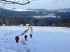 """Středisko Junák v Ronově zorganizovalo na 26. prosince pro příznivce pěší turistiky zimní přechod Železných hor s názvem """"Expedice Krkaňka 97"""""""