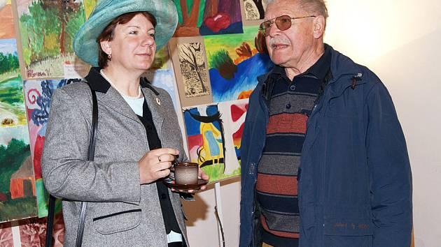 V Hipologickém muzeu ve Slatiňanech byla zahájena výstava Věry Markové.