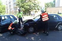 Při střetu dvou automobilů v chrudimské ulici Milady Horákové byla jedna osoba zraněna.