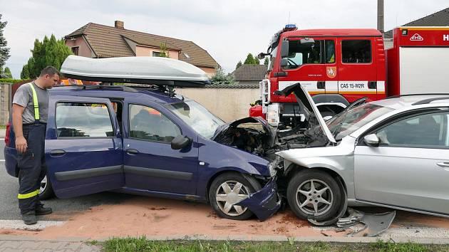 Srážka dvou aut v Čankovicích