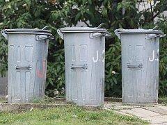 Slatiňany letos prodloužily interval pro svoz domovního odpadu z jednoho na dva týdny.