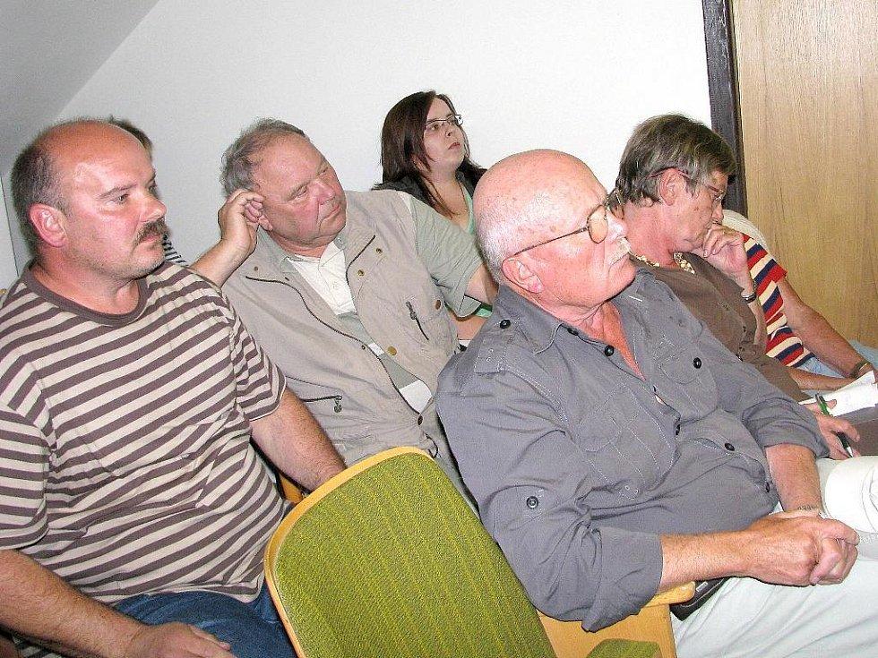 Zastupitelé Horního Bradla schválili záměr vybudovat bioplynovou stanici v místní části Javorné.
