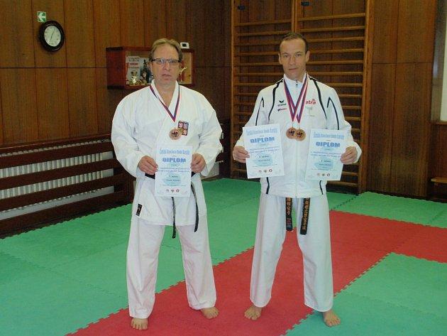 Hlinečtí karatisté přivezli dvě medaile z mezinárodního Mistrovství České republiky ČABK 2014.