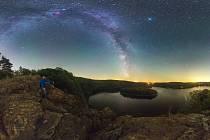 Hvězdný vodopád nad Sečskou přehradou
