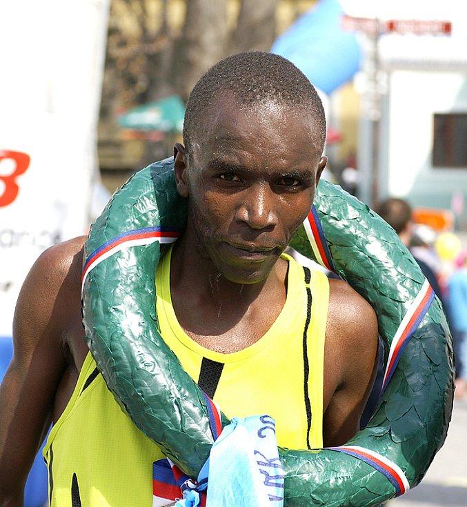 Spokojený vítěz Keňan Isaack Tanui.