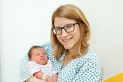 Lucie Kabůrková (3,7 kg a 51 cm) je od 19.3. od 16:17 prvorozenou dcerou Pavla a Michaely z Pardubic.
