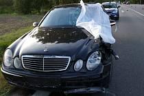 Cyklista nepřežil střet s osobním vozem na silnici mezi Chrudimí a Slatiňany.