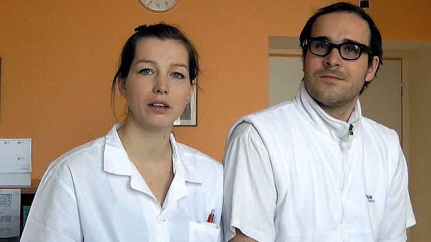 Gynekologové Dita Königová a Radovan Pock odlétají už za pár dní do rovníkové Afriky.