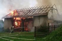 Požár stodoly ve Vojtěchově.