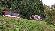 Čelní střet dvou aut na silnici zTřemošnice do Běstviny.