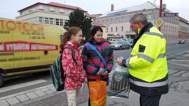 Preventivní dopravní policejní akce Zebra se za tebe nerozhlédne na Chrudimsku 2013.