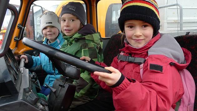 Cestáři uspořádali pro děti na konci týdne zábavné dopoledne.