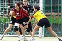 Hlinecká házenkářky začaly ligu vítězně.