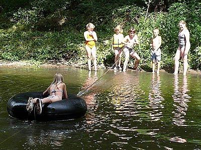 Pohoda na řece.