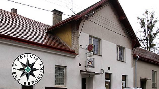 Hostinec v Kostelci u Heřmanova Městce.