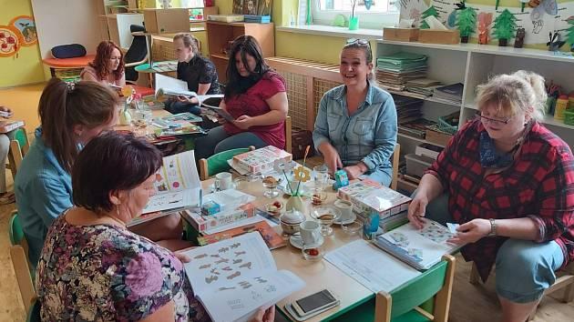Projekt Klokanovy školky se ve školním roce 2019-2020 zaměřil na vzájemné učení pedagogů mateřských škol po celé České republice.